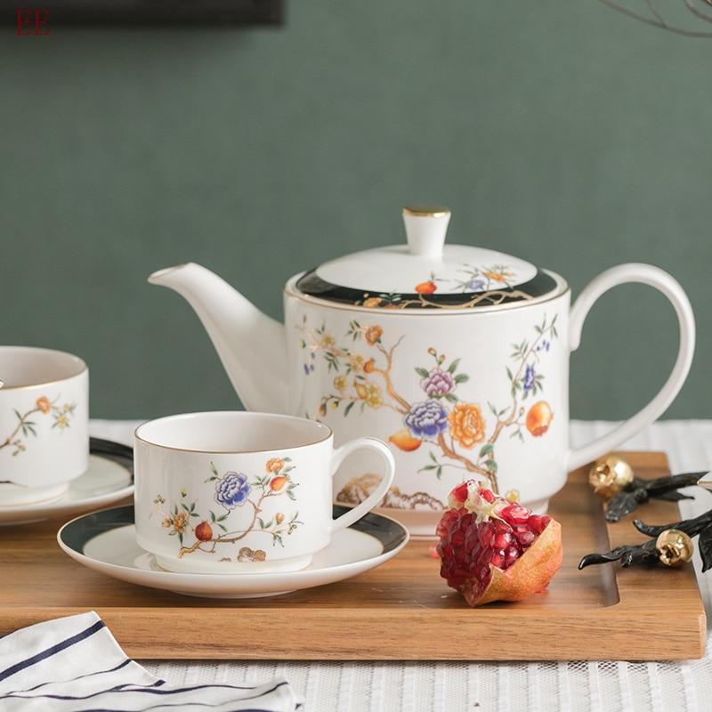 Luxury Ceramic Bone China Coffee Tea Cup Saucer Set White Porcelain Hand Painted Espresso Cups Handmade Ceramic Lover Gift E5