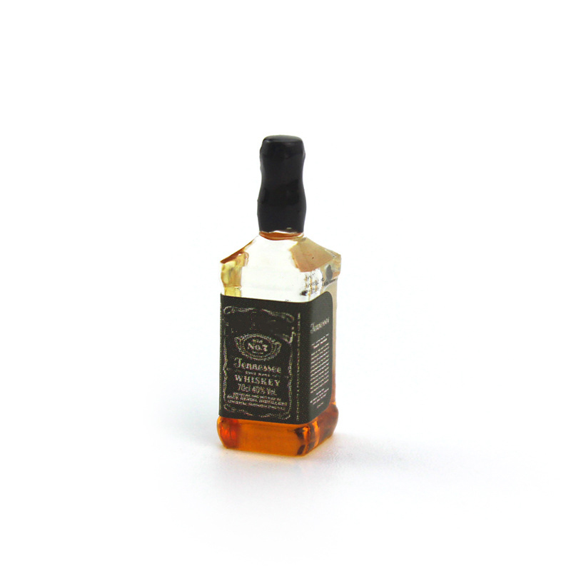 1Pcs 1/12 Dollhouse Miniature Accessories Mini Resin Whisky Bottle Simulation Wine Bottle Model Toys For Doll House Decoration