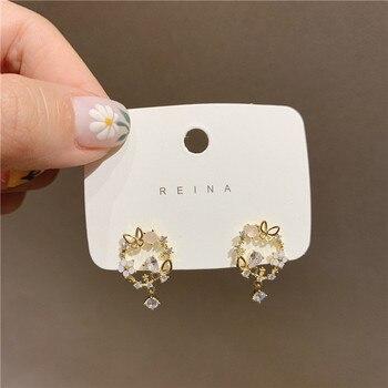 New Korean Trendy Round Little  Sweet Flower Rhinestone Butterfly Stud Earrings For Women Elegant Crystal Pendant Jewelry