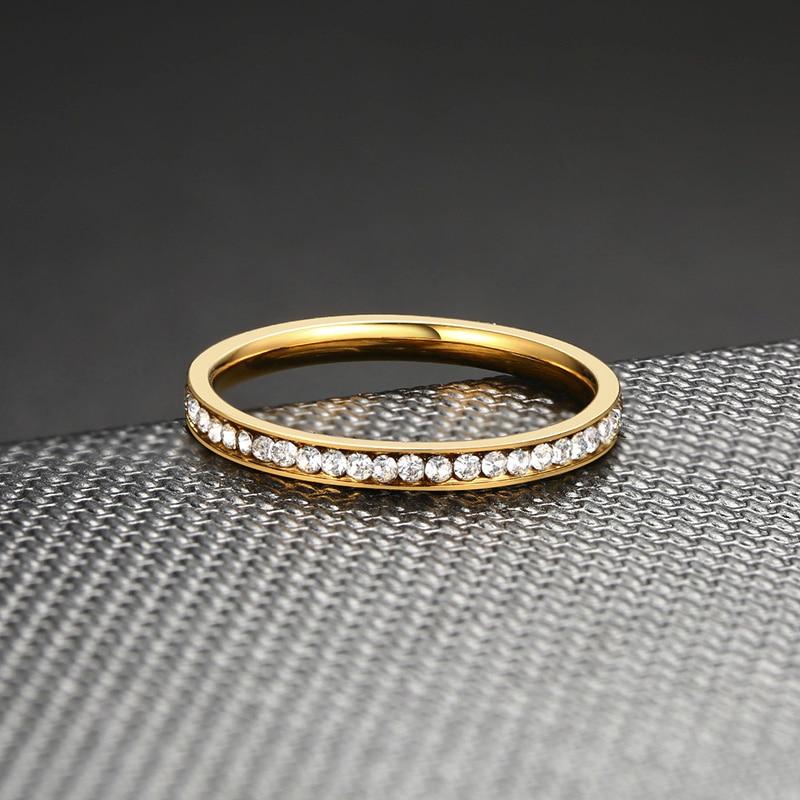 Vnox 2mm Bling CZ pierres anneau pour femmes dame ton or acier inoxydable brillant cristal doigt bande bijoux élégants 5