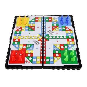 Juego de mesa de viaje, ajedrez volador de plástico, juego de fiesta de adultos para niños