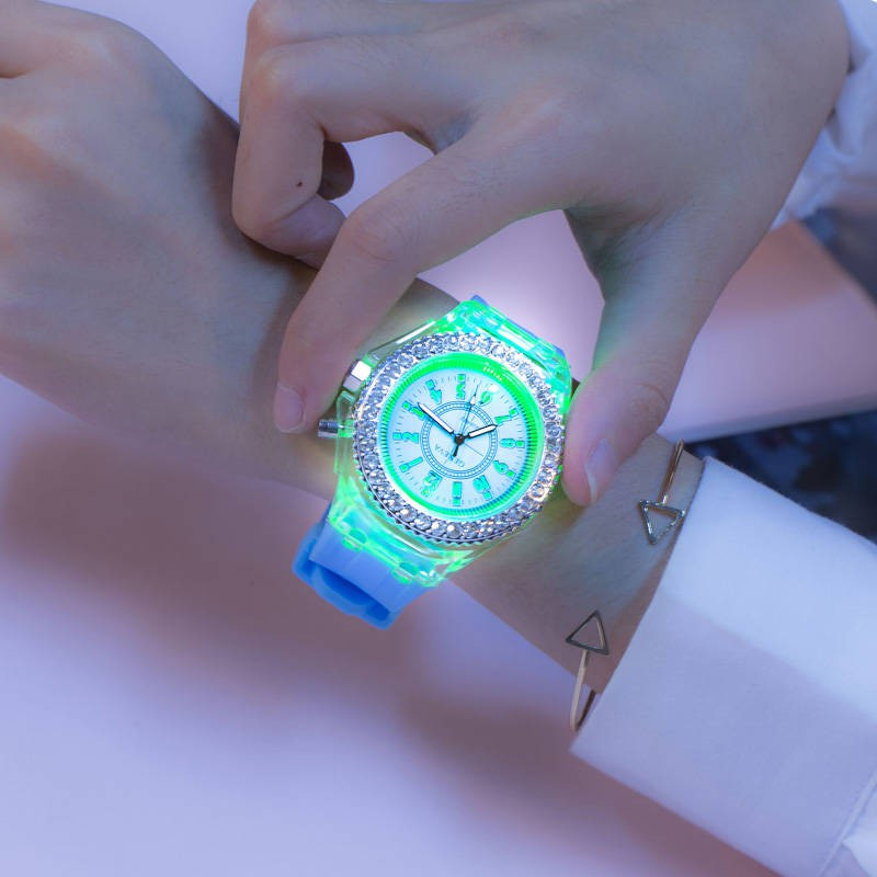 Women's&Men's Luminous Diamond Silicone Watch LED Couple Boy's Girl's Children's Rhinestone Gift Watch Flash 7 Colors For Lovers