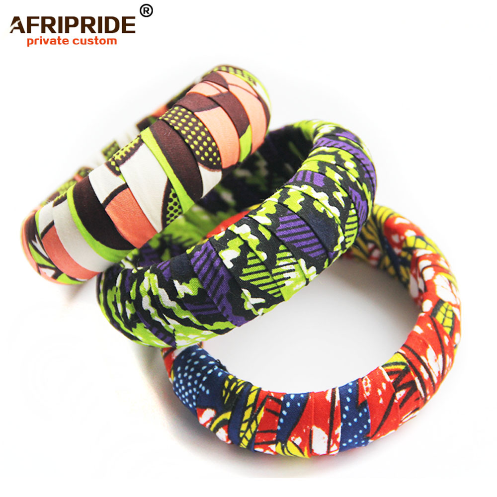 2019 African Print Wood Bangles For Women AFRIPRIDE Bazin Richi 7cm Width Round Wood Bangles With African Print A1928001
