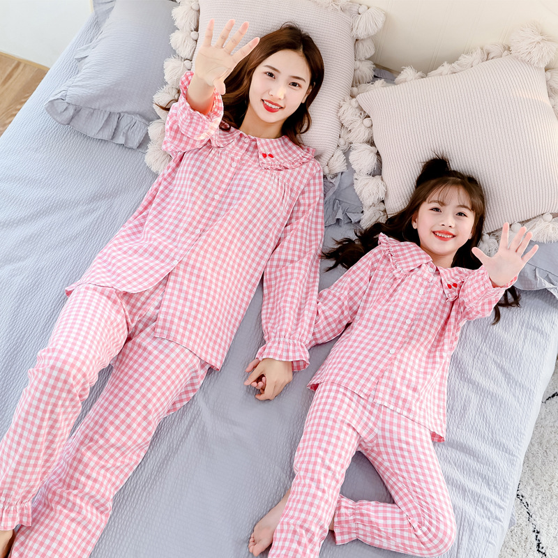 Mom Daughter Matching Outfits Pajamas Hotel Pyjamas Tshirt Matching Family Christmas Sweaters Sets Blouse Mommy and Me Leggings 3