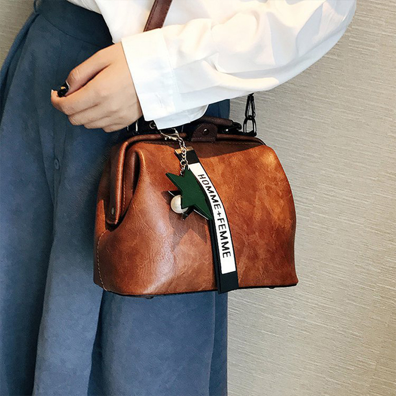 Casual Famous Brand Women Leather Shoulder Bags Female Doctor Crossbody Handbags Purses Star Pendant Tassel Rivets  Female Bags