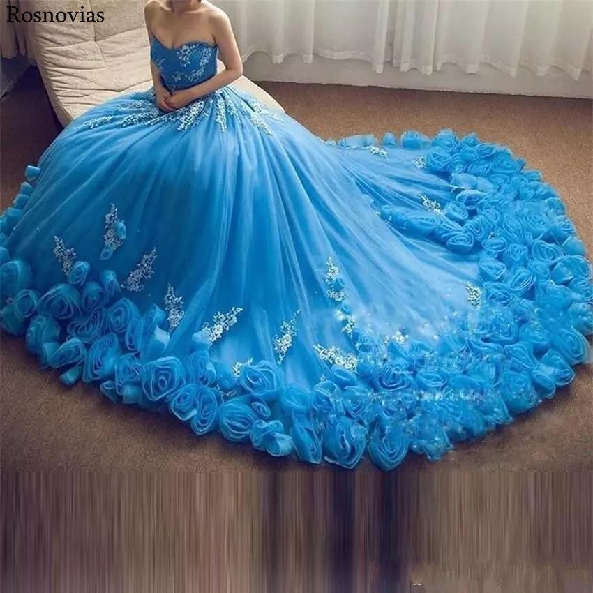 Luxe bleu robe de bal Quinceanera robes 2019 bretelles à lacets dos main faire des fleurs perlées princesse Puffy robes de bal