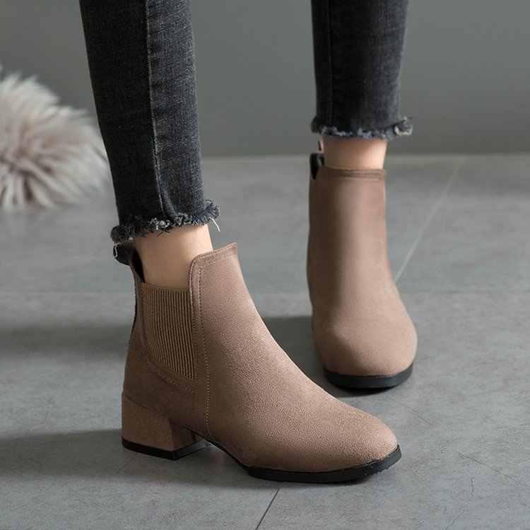 Sonbahar ayakkabı kadın yarım çizmeler süet siyah Chelsea çizmeler bayanlar üzerinde kayma rahat kalın topuk ayakkabı moda rahat kadın 35- 41