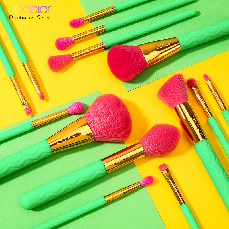 Image 4 - Docolor 14Pcs Professional Makeup Brushes Set Powder Foundation Eyeshadow Make Up Brushes New Heat Makeup Brush Cosmetics Tools-in Eye Shadow Applicator from Beauty & Health