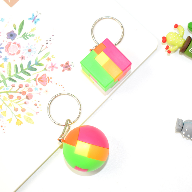 New Children Kids DIY Assembling Magic Square Roung Ball Cube Blocks Mini Key Chain IQ Training Educational Toys Christmas Gifts