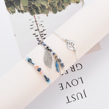 купить Bohemia Vintage Crystal Glass Charm Bracelet Women Leaf shape Weave Multilayer Leather Bracelet Charm Girl Jewelry Gift по цене 132.22 рублей