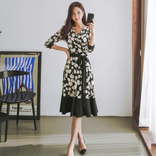2019 autumn Korean version of the new fashion temperament was thin sexy long dress