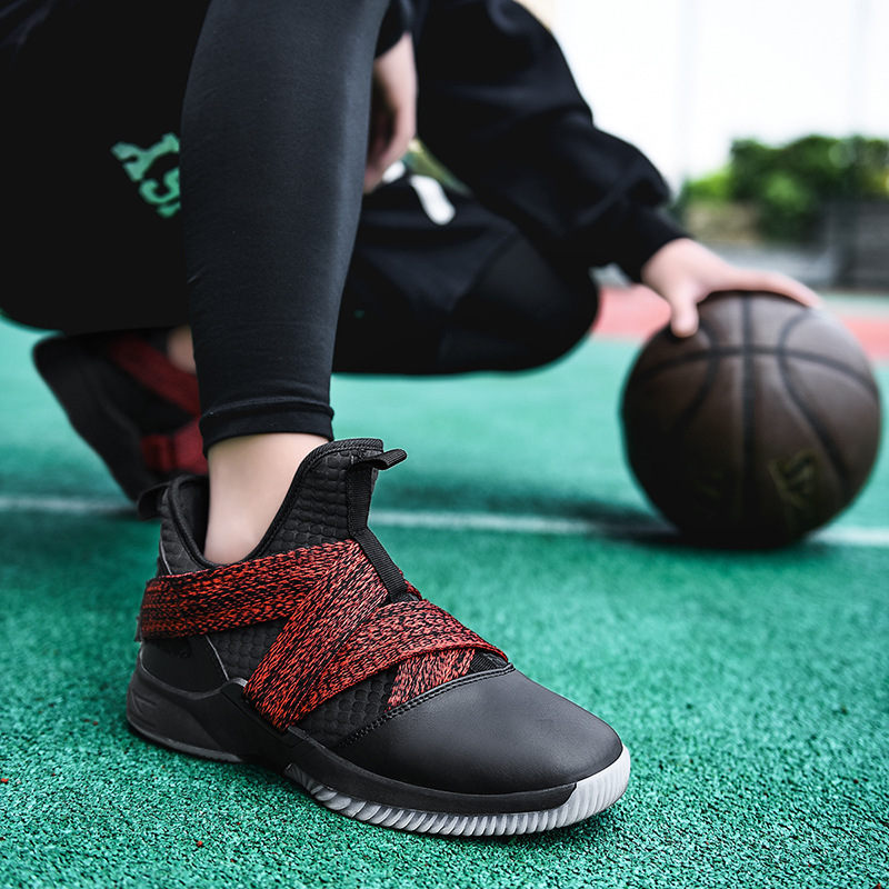 Hot Sale Men Basketball Shoes Comfortable High Top Gym Training Ankle Boots Outdoor Wear-Resistant Sneakers Athletic Sport Shoes image