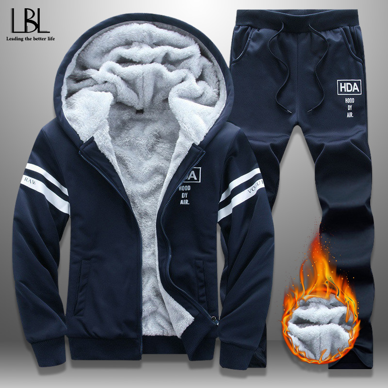 New Winter Tracksuits Men Set Thicken Hoodies + Pants Suit Autumn Sweatshirt Sportswear Set Male Hoodie Sporting Suits Outwear