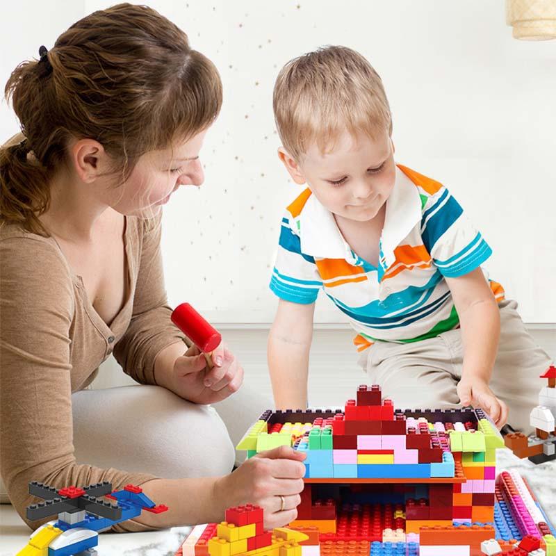 300 600 1200 2000 Pieces Building Blocks City DIY Creative Bricks Bulk Model Figures Educational Kids Toys Compatible All Brands