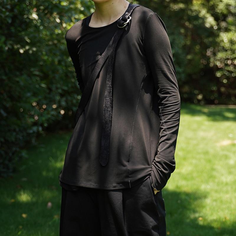 [EAM] Women Black White Slim Irregular Simple T-shirt New Round Neck Long Sleeve Fashion Tide All-match Spring Autumn 2020 1A278 2