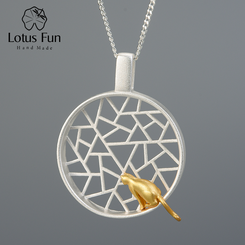 Lotus Fun Real 925 Sterling Silver Handmade Design Fine Jewelry Cute 18k Gold Cat Playing By The Window Pendant Without Necklace