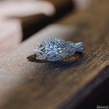 Женское Обручальное кольцо из серебра 2020 пробы с фианитом