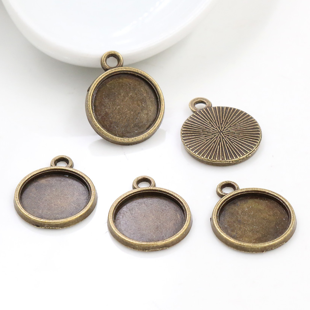 20pcs 12mm Inner Size Antique Bronze Simple Style Cabochon Base Cameo Setting Charms Pendant (A1-44)