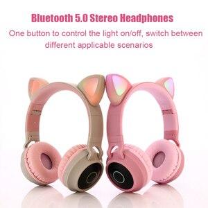 Image 2 - Pembe sevimli kedi kulak Bluetooth 5.0 kablosuz kızlar kulaklık 3 renk yanıp sönen parlayan Stereo mikrofonlu kulaklık desteği TF kart