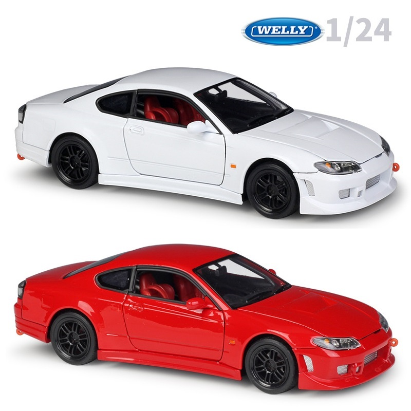1:24 Welly Nissan Silvia S-15 Die-cast Model Car