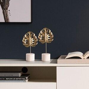 Image 5 - Nordico dekor hause figuren innen Eisen kunst Leuchter dekoration ornamente Moderne Kunst Büro Schreibtisch Dekoration wohnzimmer