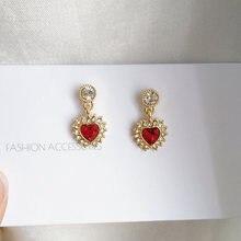 Женские серьги подвески с красным кристаллом в форме сердца