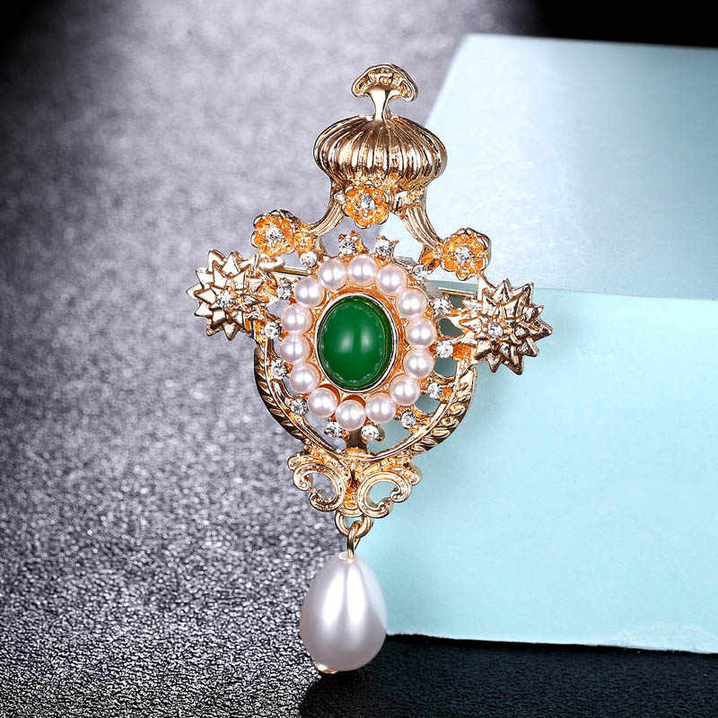 Merah Manik-manik Putih Mutiara Imitasi Bros Perhiasan untuk Wanita Malam Pesta Hadiah Fashion Mahkota Bunga Pin Bros Tas Aksesori