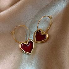 Doce borgonha esmalte coração brincos para mulheres menina cor de ouro metal amor coração pendurado balançar brincos vintage jóias