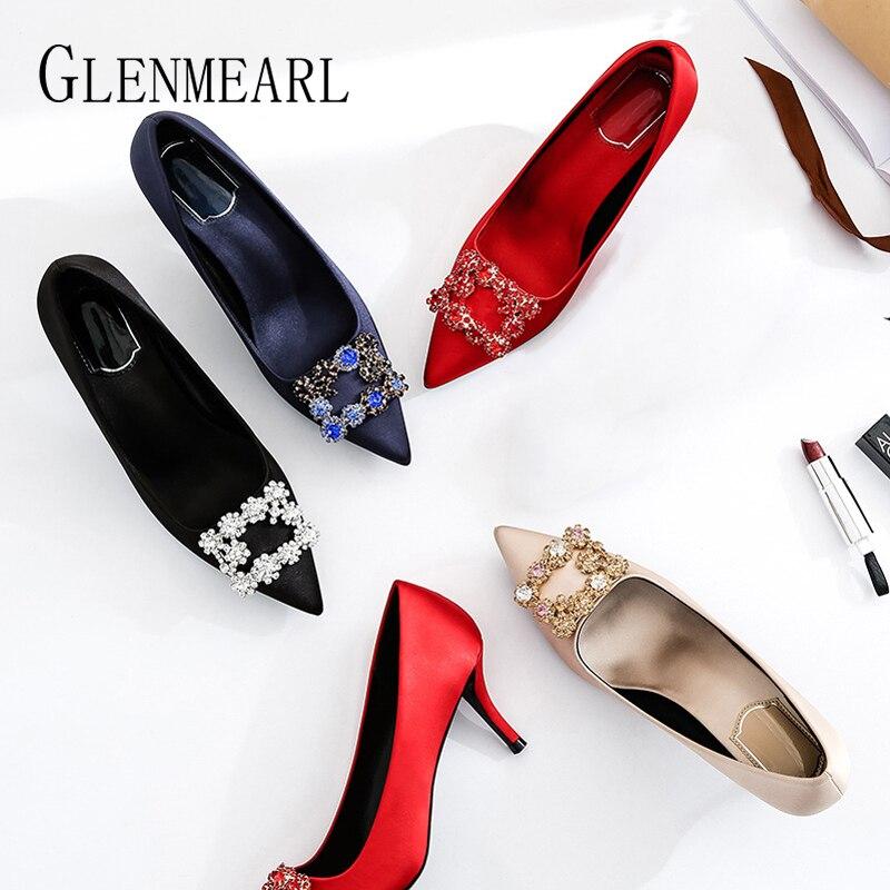 Роскошная женская свадебная обувь на высоком каблуке Стразы гладкие атласные женские туфли лодочки вечерние туфли с острым носком шпильки Демисезонный новое поступление