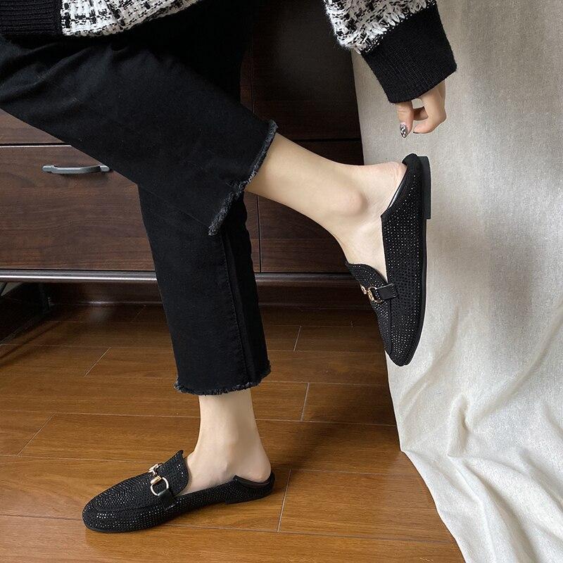 elegant women's flat shoes