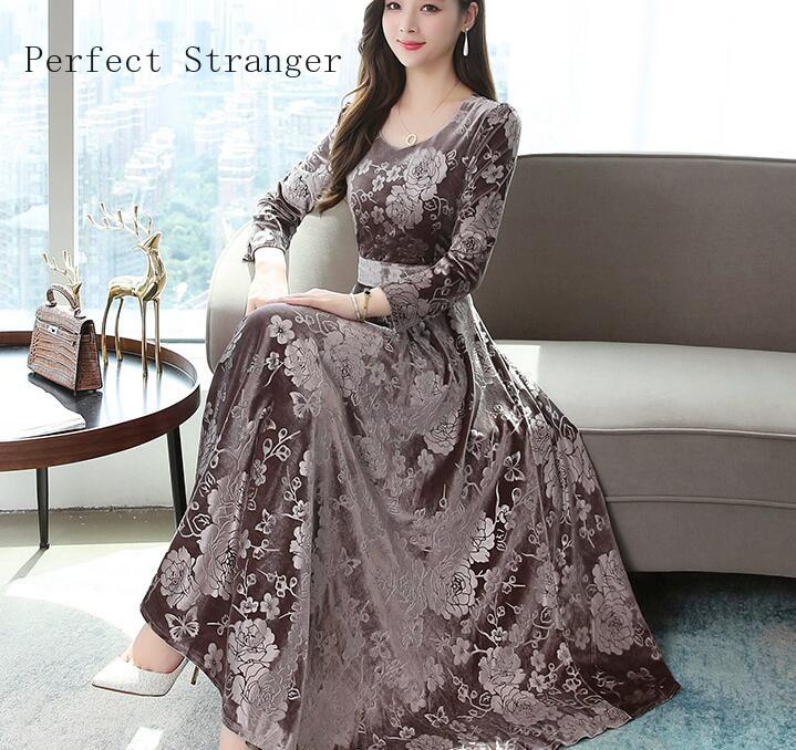 2019  Autumn Winter New Arrival High Quality Plus Size M-3XL  Round Collar Flower Printed  Long Sleeve Woman Long Velvet Dress