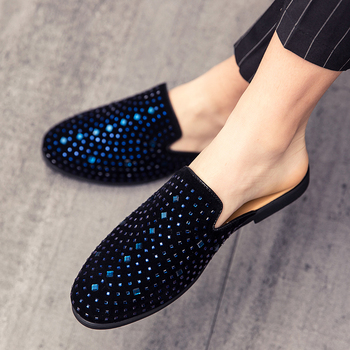 Wiosna jesień błyszczące sandały buty dla mężczyzn diamentowe błyszczące wkładane mokasyny złote czarne Bling błyszczące cekiny buty codzienne męskie tanie i dobre opinie OFFTHANPS Podstawowe NONE RUBBER Niska (1 cm-3 cm) Pasuje prawda na wymiar weź swój normalny rozmiar Na co dzień Stałe