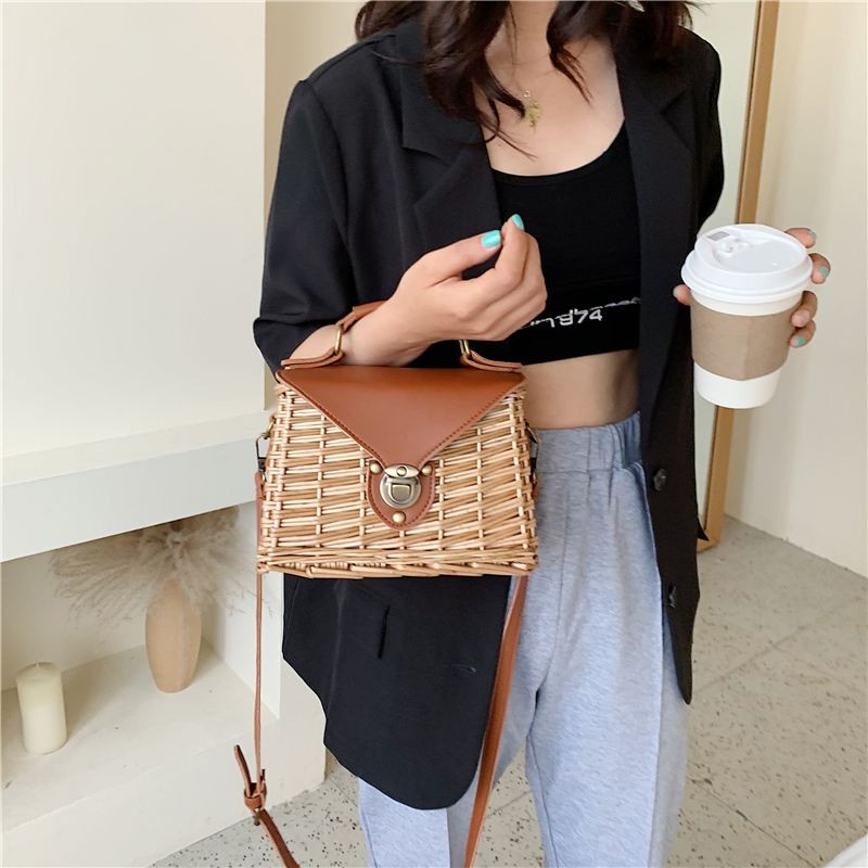 Bohemian Straw Bags For Women 2020 High Quality Rattan Beach Handbags Handmade Kintted Ladies Shoulder Bag Crossbody Bag Female