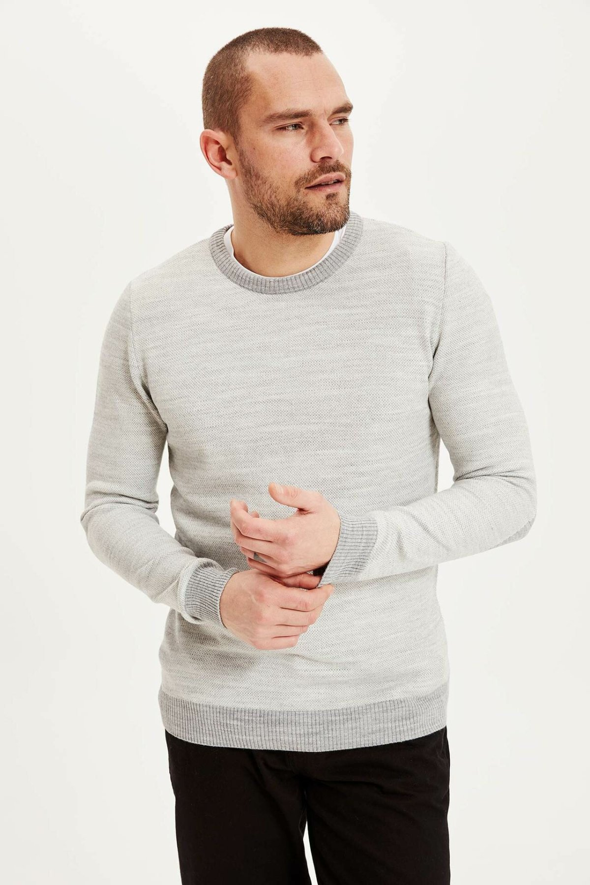 DeFacto Autumn Solid Men Knitted Top Tees Long Sleeve Casual Pure Color O-Neck Pullover