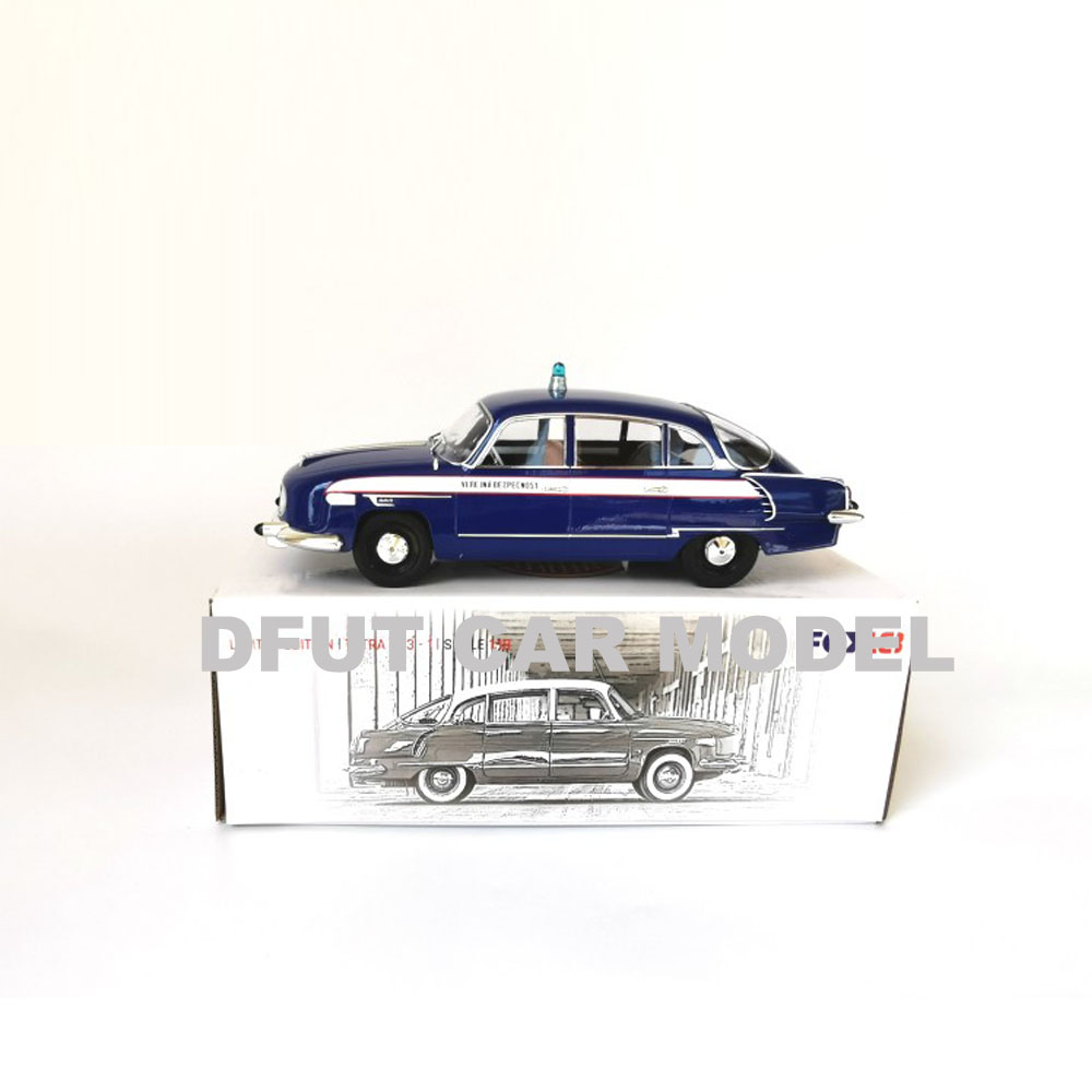 1:18 Alloy Pull Back Toy Vehicles Soviet Union Tatra 603 Car Model Of Children's Toy Car Original Authorized Authentic Toys