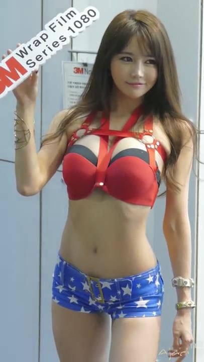 韩国车模韩佳恩颜值爆表网友简直快失控,红色内衣超狂巨乳露出来