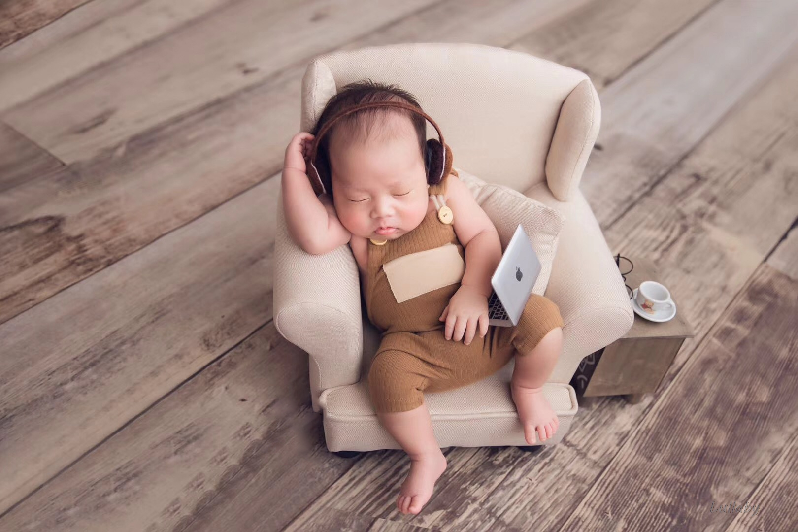 baby  props mini notebook small computer headset newborn baby creative photo props studio shooting accessories