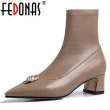Fedonas mulheres elegante dedo do pé apontado couro genuíno meados de bezerro botas outono inverno meias botas de salto alto metal novos sapatos de baile mulher