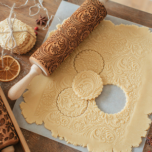 35*5cm Christmas Embossing Rolling Pin Baking Cookies Noodle Biscuit Fondant Cake Dough Engraved Roller Reindeer Snowflake(China)