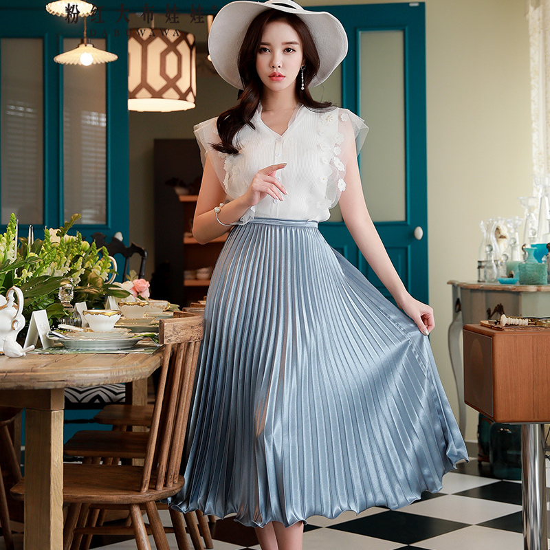 Dabuwawa New Woman Blue Pleated Over knee Skirts Summer Solid Swing Skirts Party Date Skirts D18BSK018