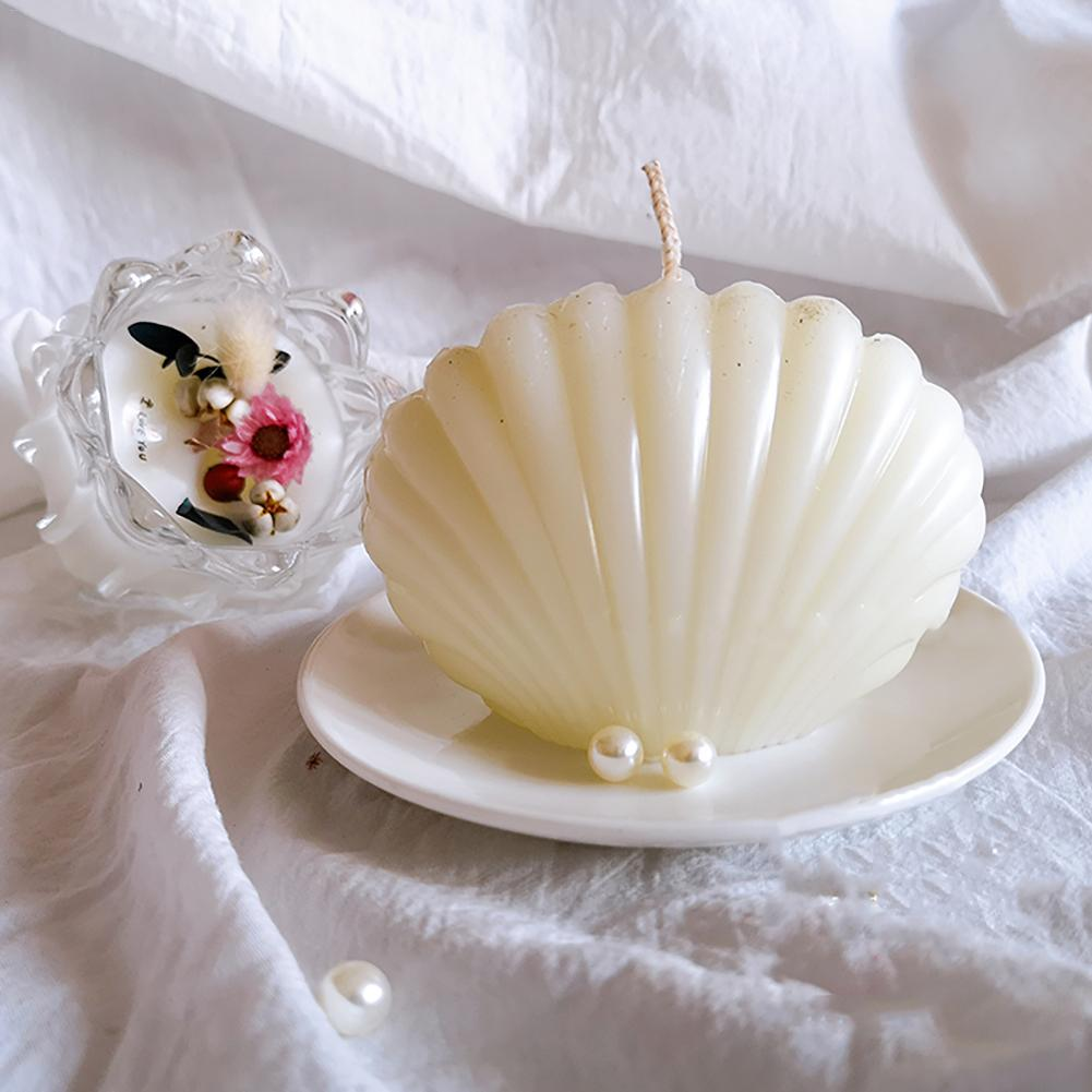 MILIVIXAY Scented Candle Mold Seashell Scallop Shell Candle Mold-Length:3.62 inch,Width:1.90 inch,Height:2.76 inch Handmade Soap Mold Durable Plastic Mold for Making Candles Beach Wedding Favor decor