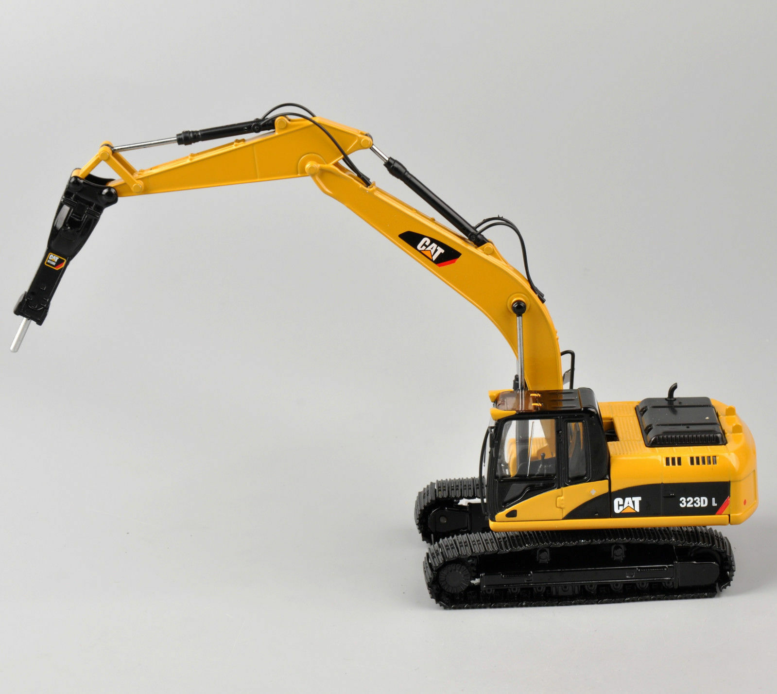 Norscot Caterpillar Cat 323D L Excavators With H120E Hydraulic Hammer Metal Tracks 1/50 Scale Diecast Model