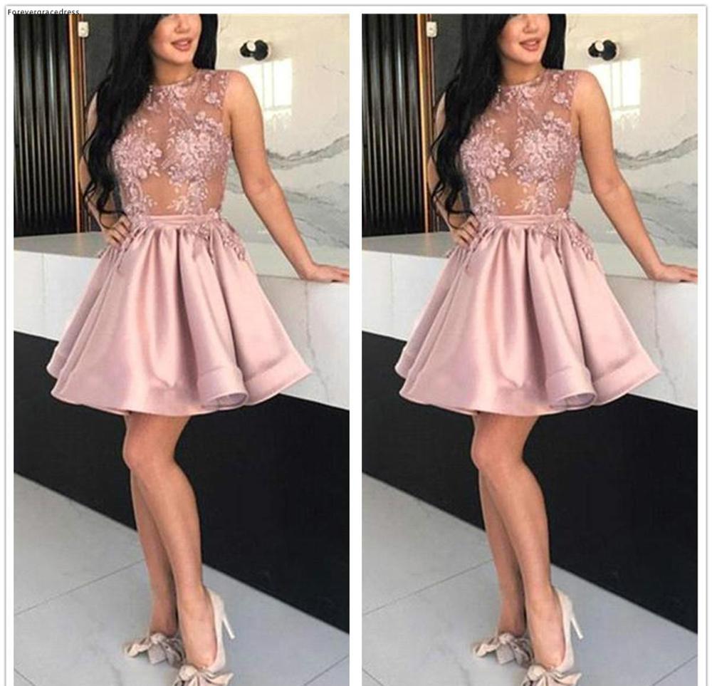 2019 Cheap   Cocktail     Dress   Popular A Line Lace Applique Short Semi Club Wear Homecoming Graduation Party Gown Plus Size