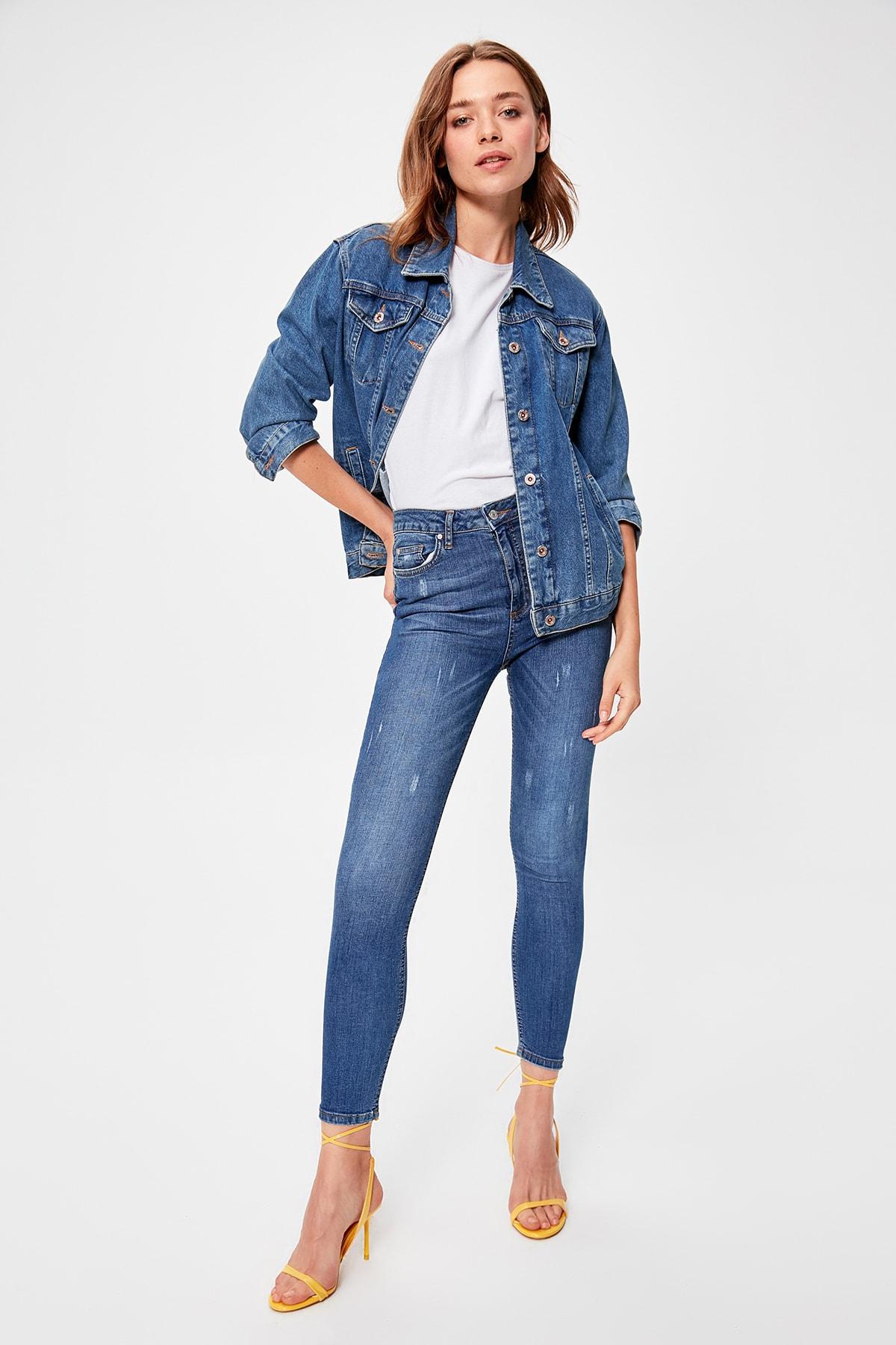 Trendyol Blue Yıpratmalı High Waist Skinny Jeans TWOAW20JE0166