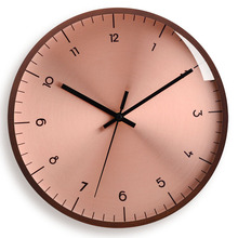 Nordic Solid Wood Rose Gold Wall Clock  Fashion Creative Mute  Modern Light Luxury Personality Quartz Clock