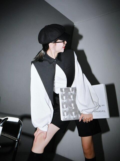 [EAM] Women White Black Split Joint Big Size T-shirt New Round Neck Long Sleeve  Fashion Tide  Spring Autumn 2021 1R942 3