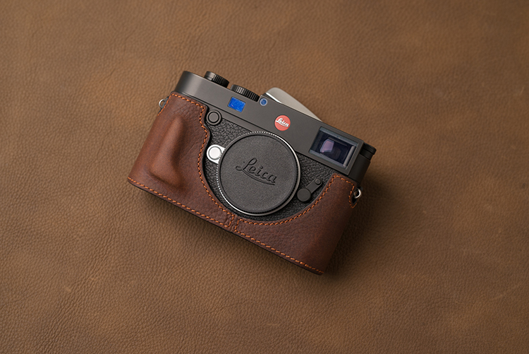 Image 2 - AYdgcam Brand Genuine Leather Camera Case Handmade Half Body Bag Bottom Cover For Leica M10 Open Battery Design-in Camera/Video Bags from Consumer Electronics