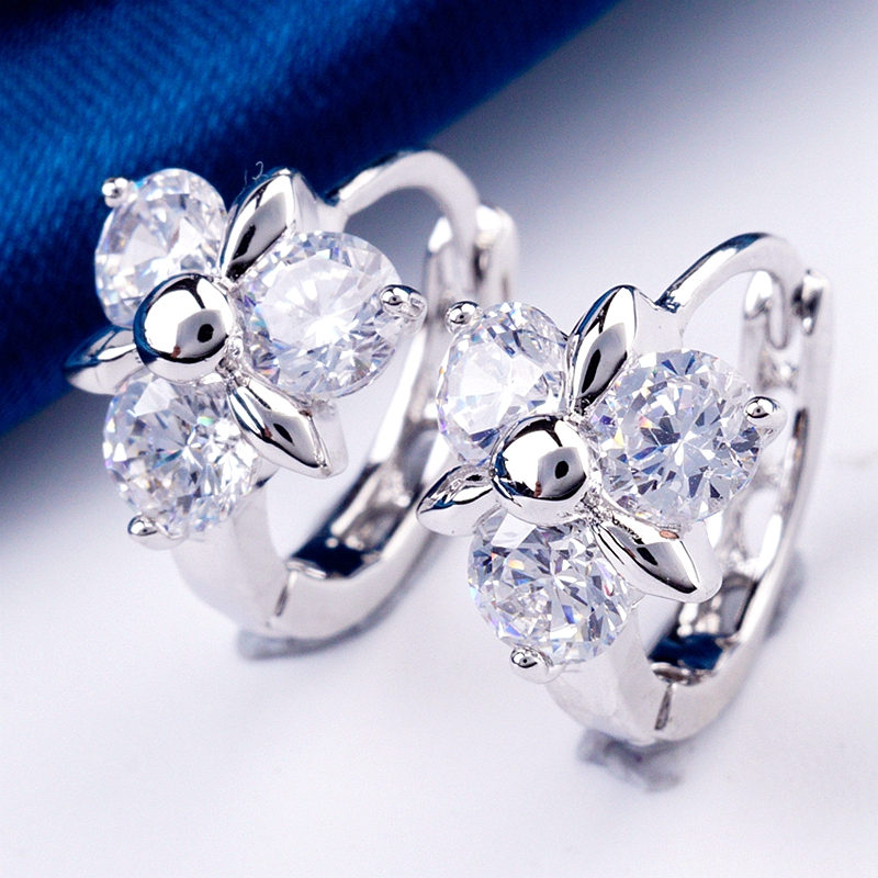Yunkingdom new fashion clear crystal cz small hoop earrings for women white gold color flower jewelry wholesale X0215