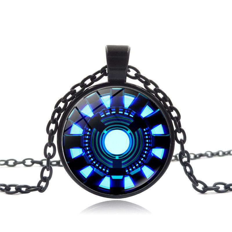 Captain America Pendant Iron Man Shaped Heart Time Gem Necklace Super Hero Pendant Sweater Chain Couples Accessory