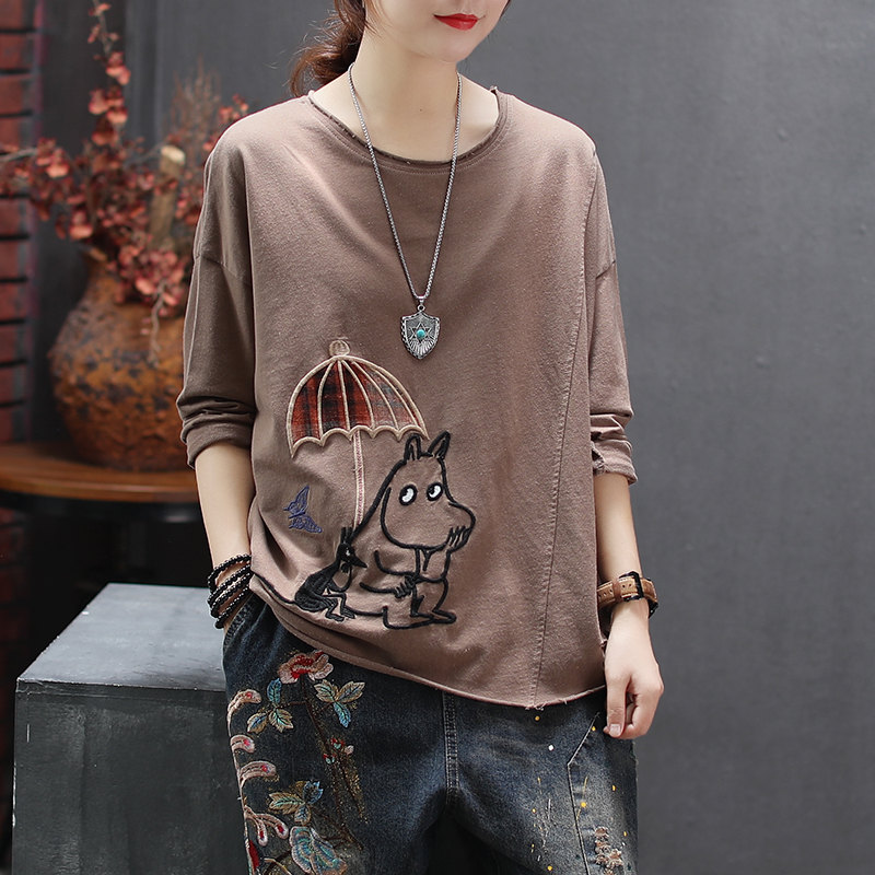Women Spring Fashion China Style Cartoon Dog Embroidery Patchwork O-neck Long Sleeve T-shirt Female Casual Loose Tee Tshirts